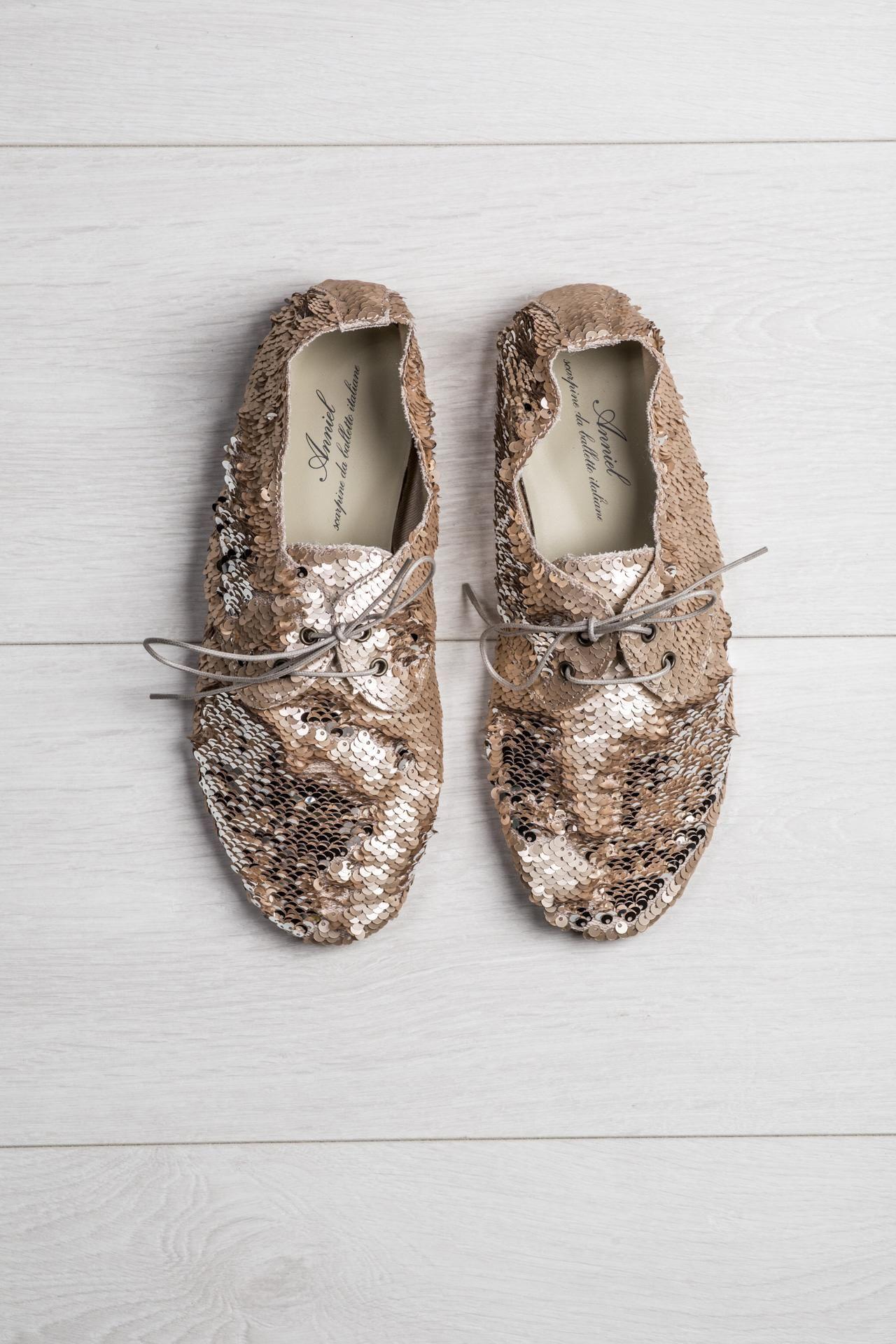 Miekkie Blyszczace Cekinowe Buty W Kolorze Lososiowym Cekiny Na Cholewce Mozna Ukladac Quot Z Wlosem Quot I Quot Pod Wlos Quot Uz Shoes Loafers Fashion