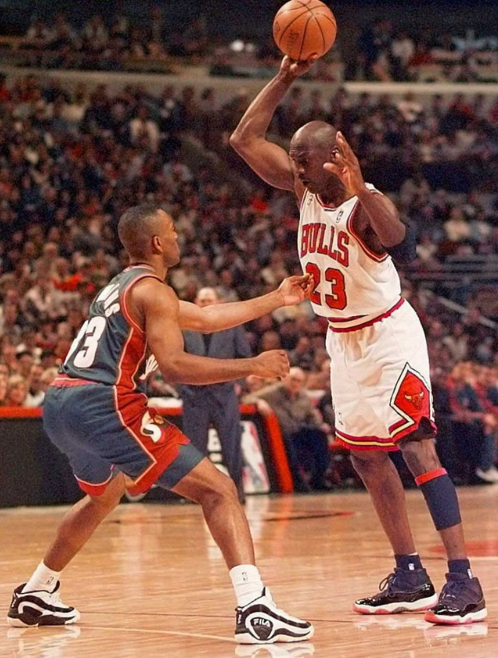 Photo Collection Of Michael Jordan Wearing Air Jordans On Court