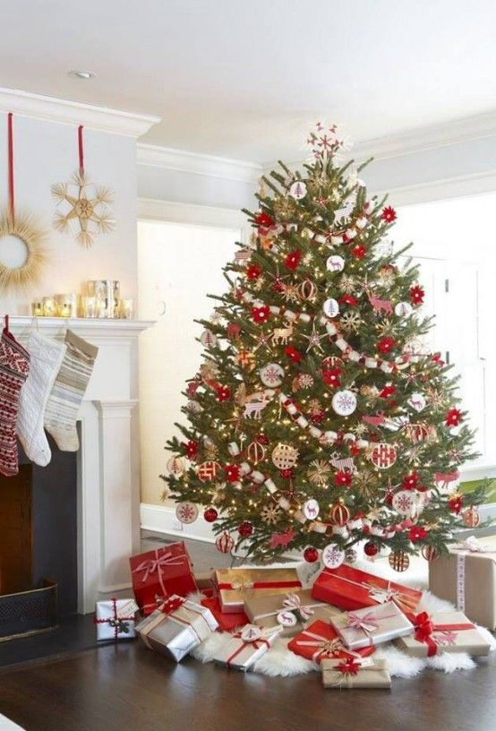 Amazing Red And Gold Christmas Decor Ideas Christmas Pinterest