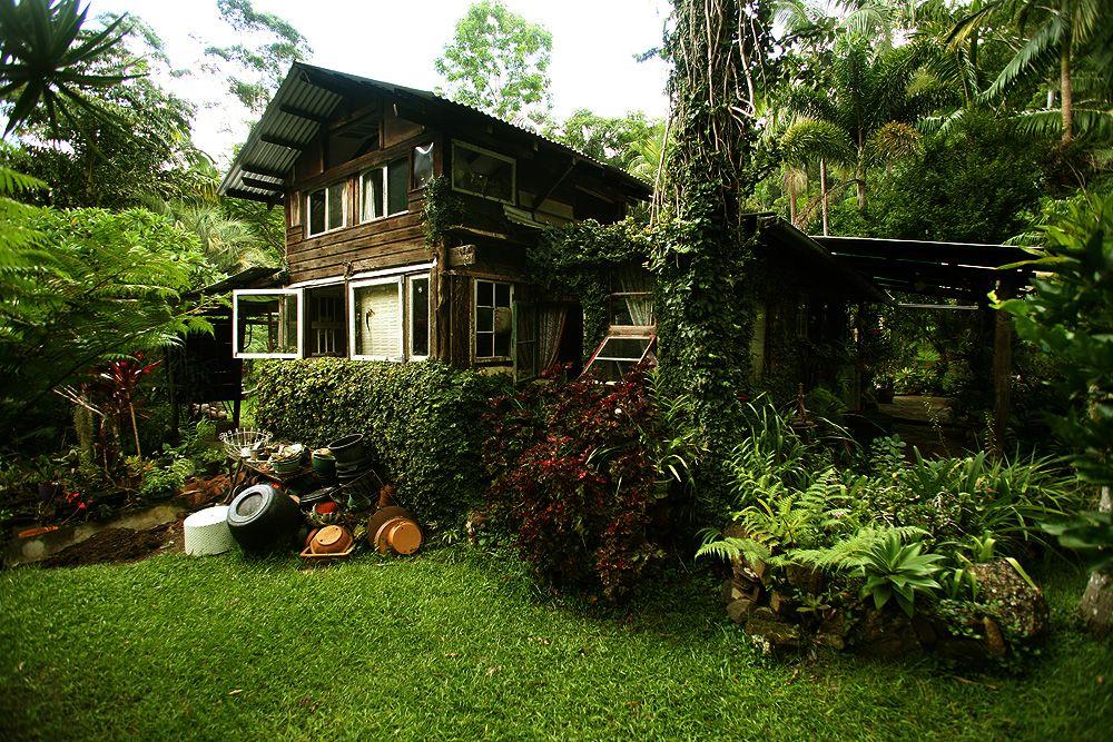 Carbon-neutral Home in Byron Bay, Australia