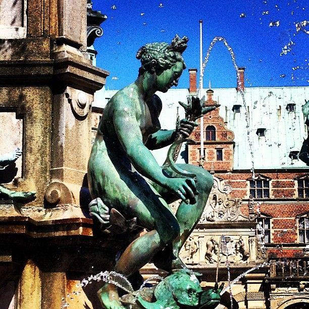 dnm_frederiksborg Forår ved slottet #denmark #museum #dnm #castle #frederiksborg #spring #weekend #sun