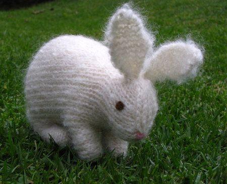 Knitting Easter Bunnies : Easter bunny rabbit knitting pattern pdf mamma earth s shop