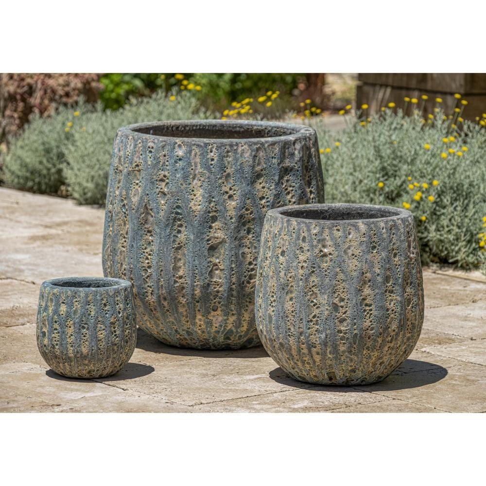 Glazed Terra Cotta Diamond Pattern Planters Set Of 3 In Aqua Blue Coral In 2021 Planters Ceramic Planters Terra Cotta Pottery
