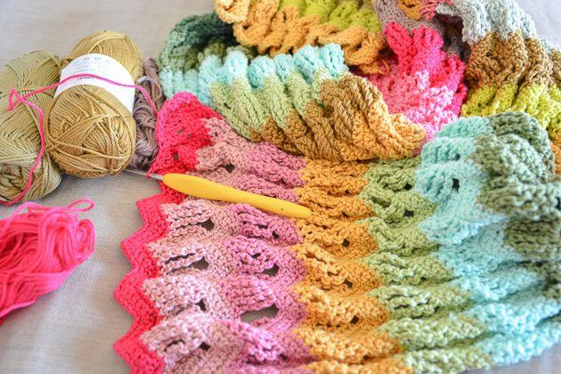 Fun ripple crochet scarf project   a DIY kit