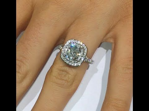 carat ring a hand how engagement diamond on is much rings