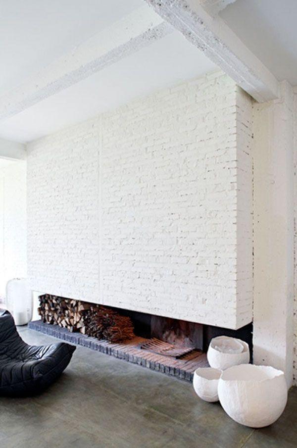 Clean modern. Xk #kellywearstler #myvibemylife #decor #inspo #ivory #white
