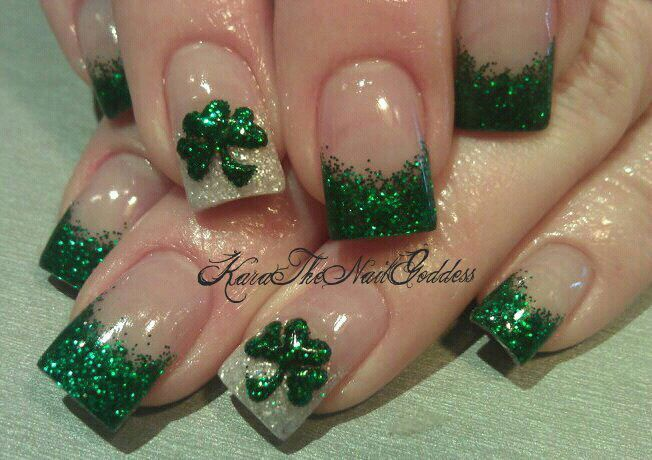 St Patty39s Glitter French With Shamrock Stickers