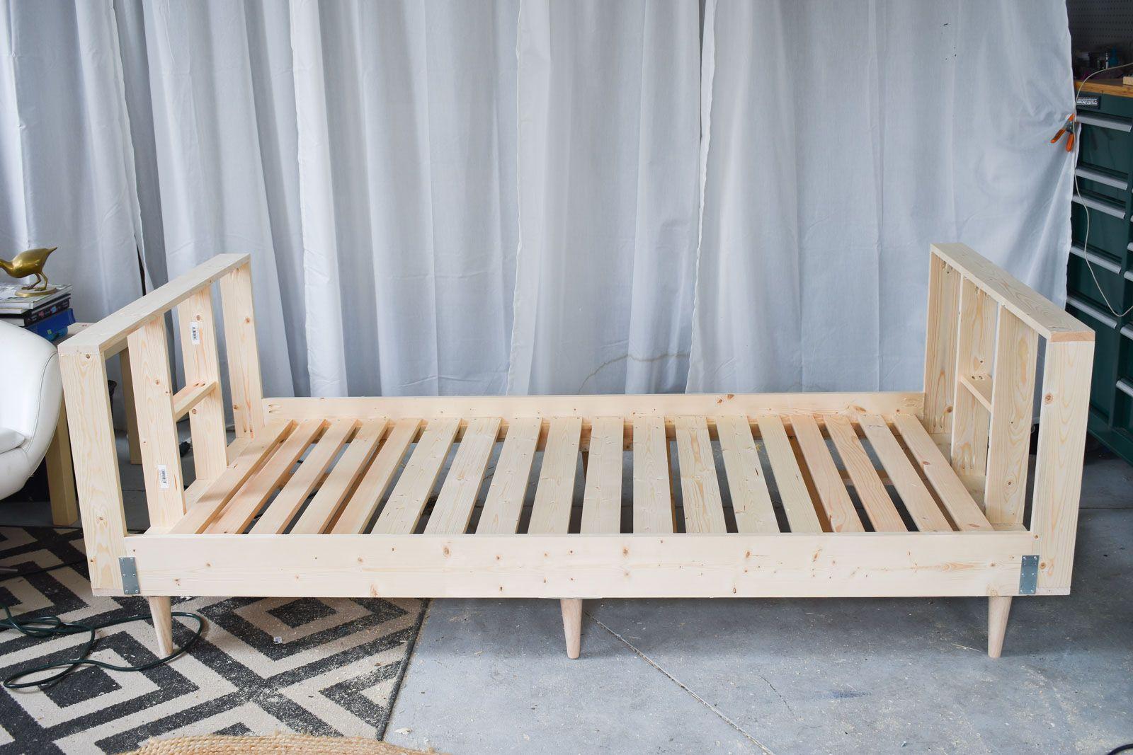 Diy upholstered daybed frame diy daybed upholstered