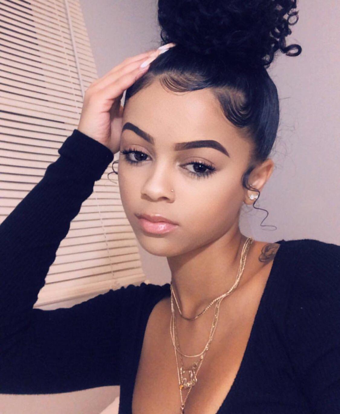 bun Black girl messy