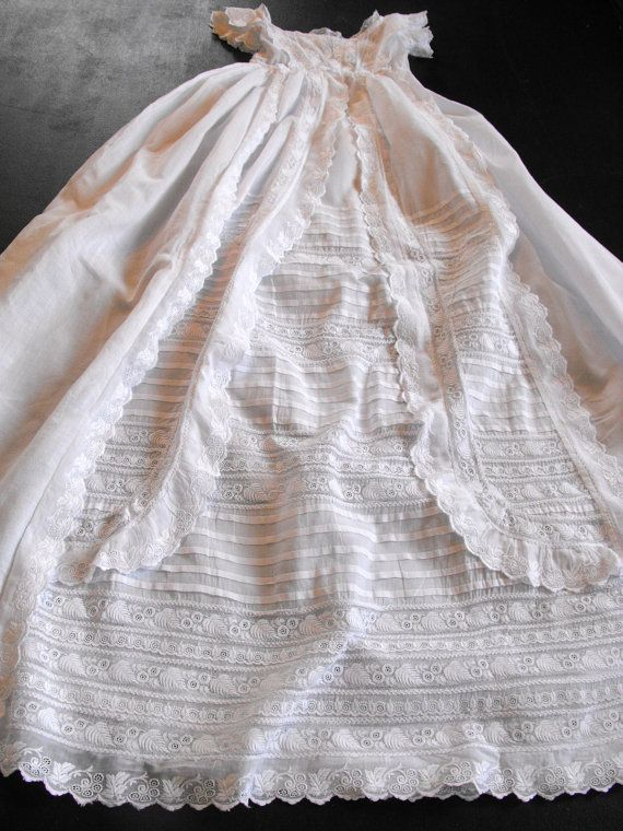 Beautiful Vintage Victorian Lace Christening Gown Dress