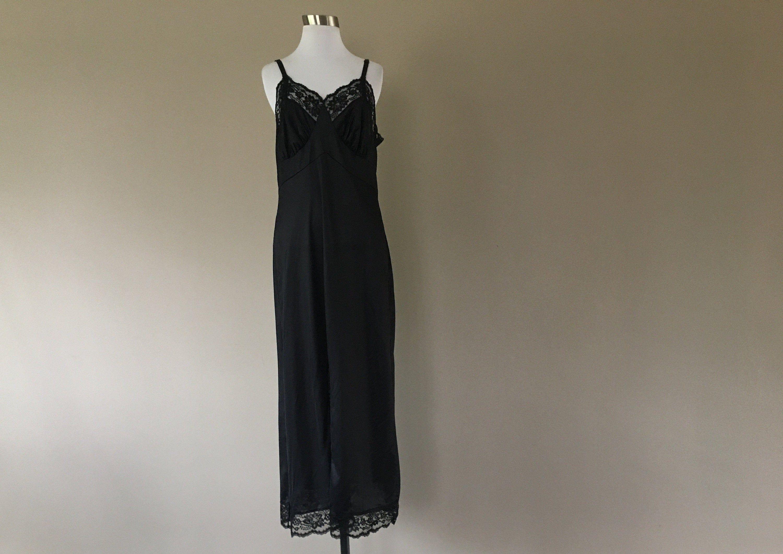 Half Slip Large 20 Inches Long Black Nylon Side Kick Slit Waist 30 32  Lace Extender Hem Vintage Lingerie