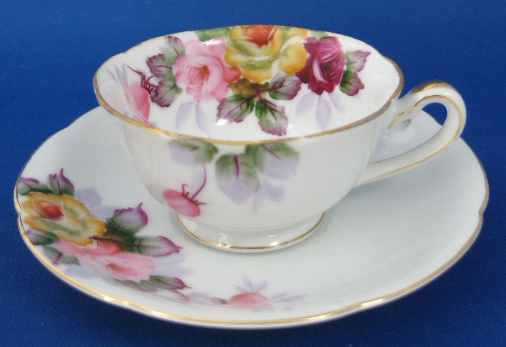 Hand Painted Demitasse Cup And Saucer Occupied Japan Roses 1945-1952