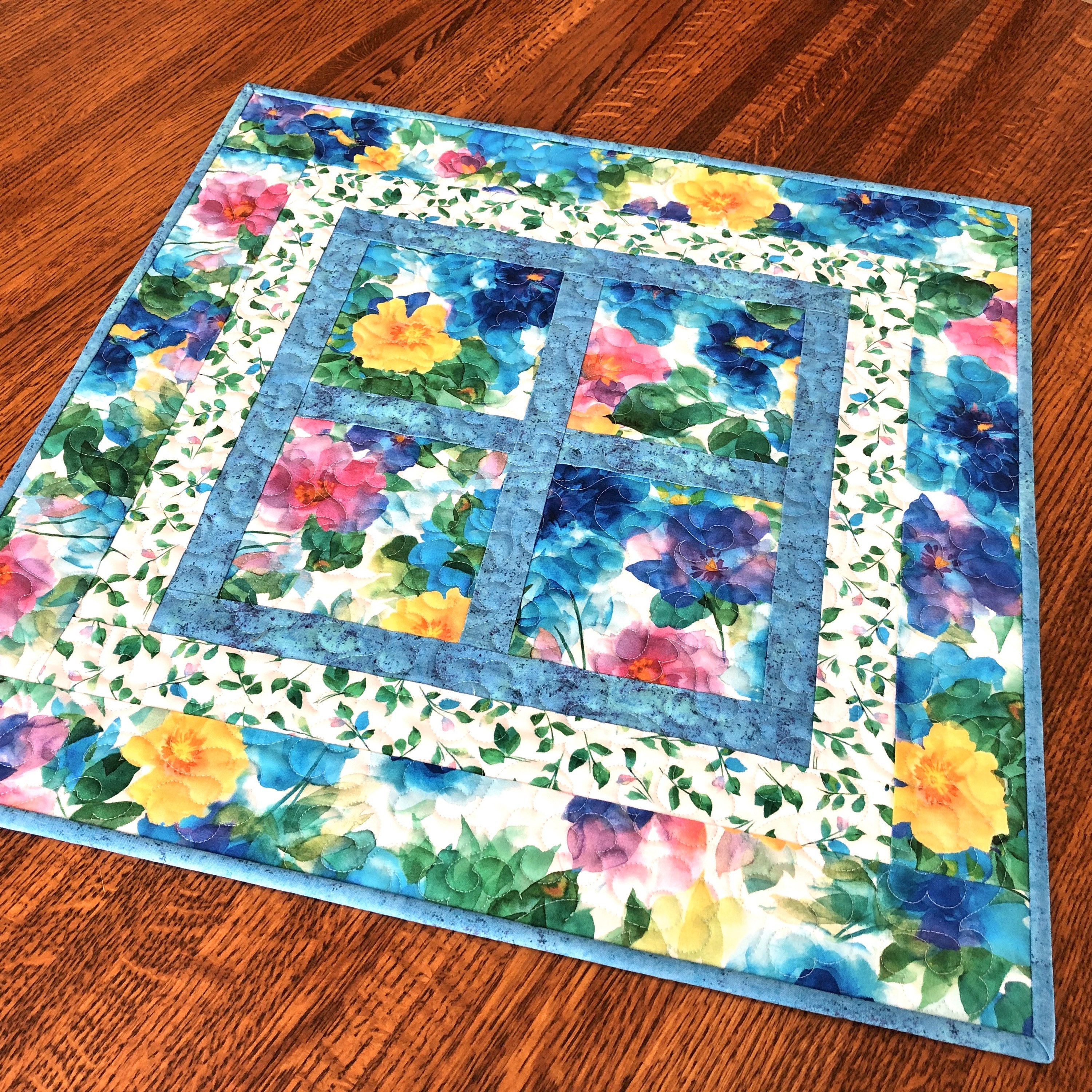 Square mini floral table runner