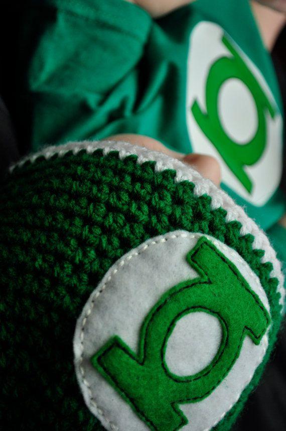 green lantern beanie, shirt