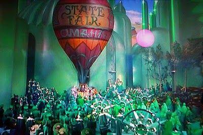 wizard of oz hot air balloon | Wizard of oz, Wizard of oz tattoos, Wizard  of oz movie