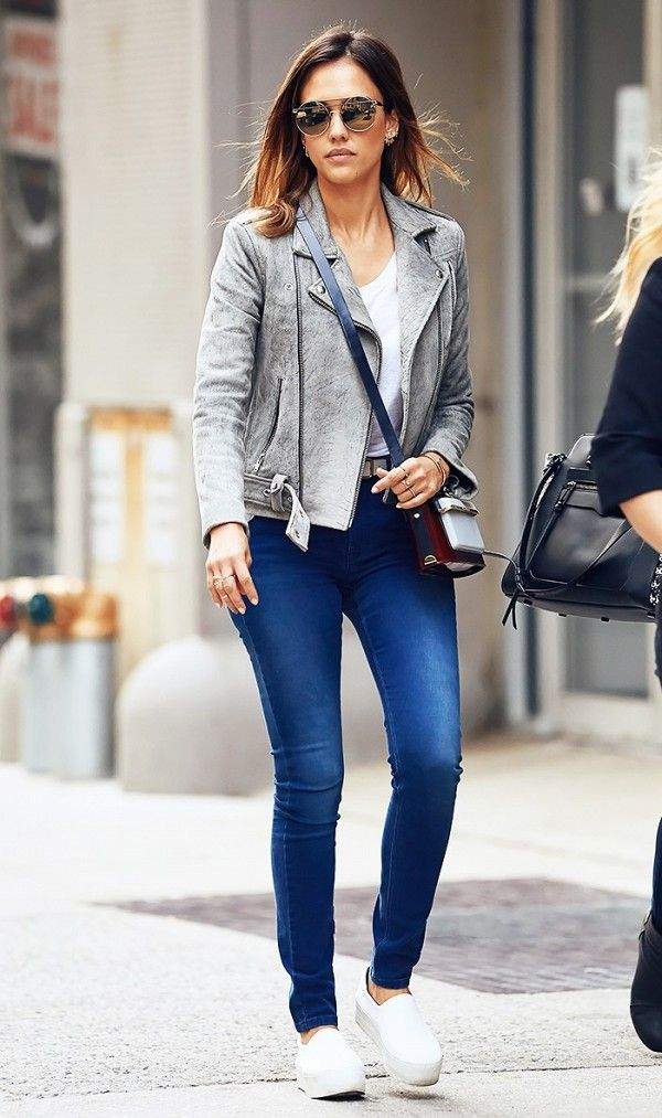 b8e69555d7e Jessica Alba wears her go-to moto jacket with everything
