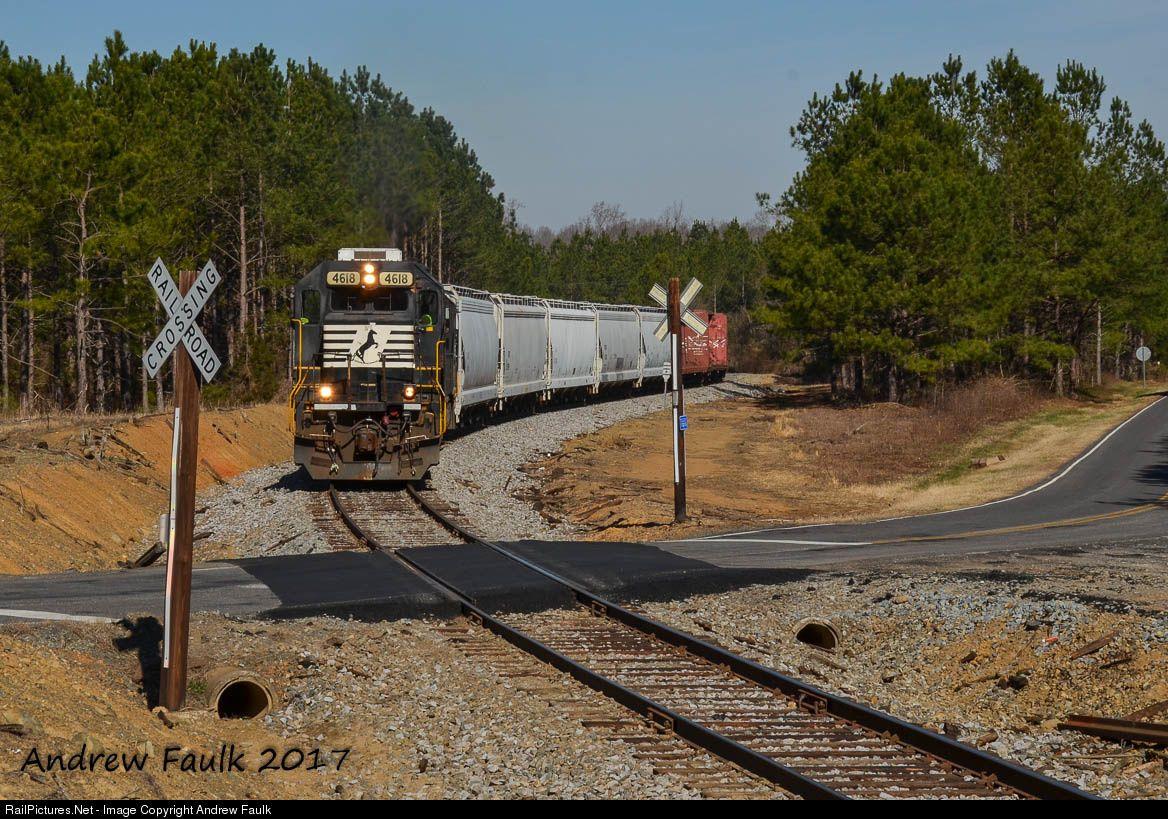 RailPicturesNet Photo NS 4618 Norfolk Southern EMD GP59 at