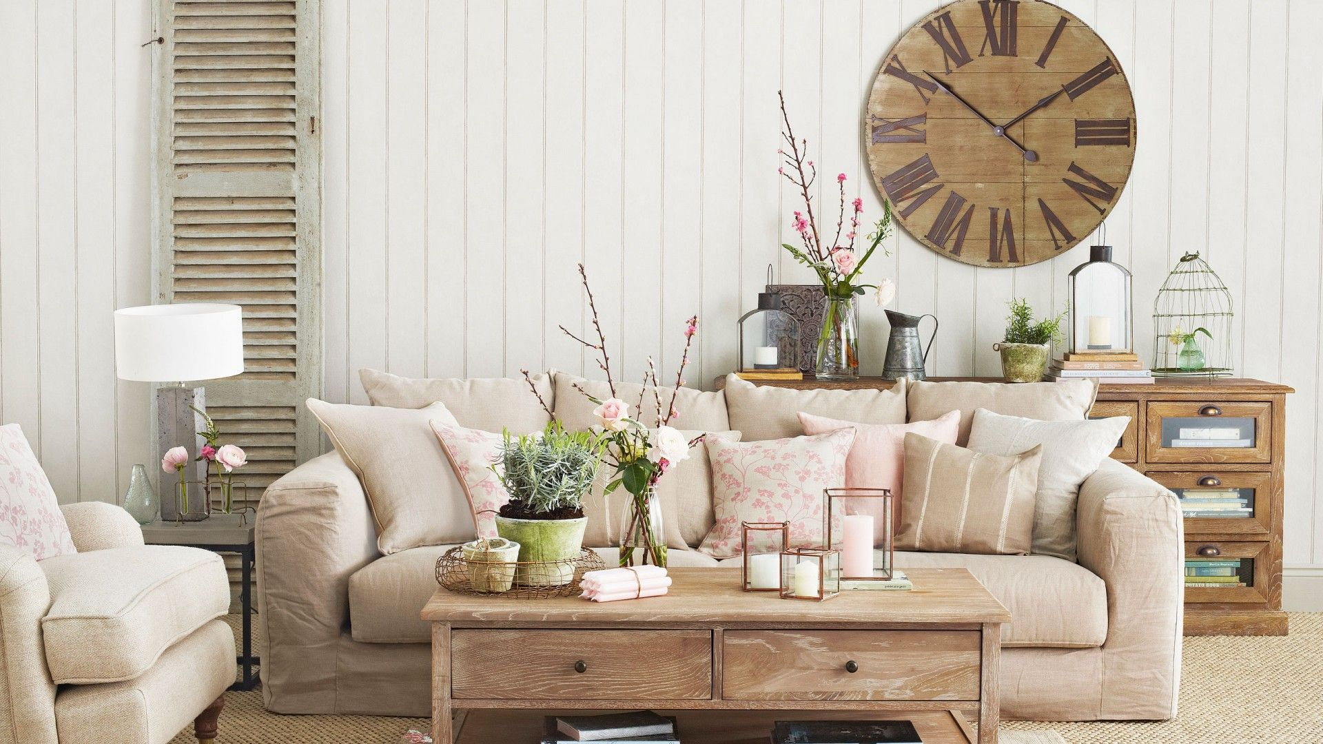 Neutral Country Living Room with Oversized Clock | Living Rooms ...