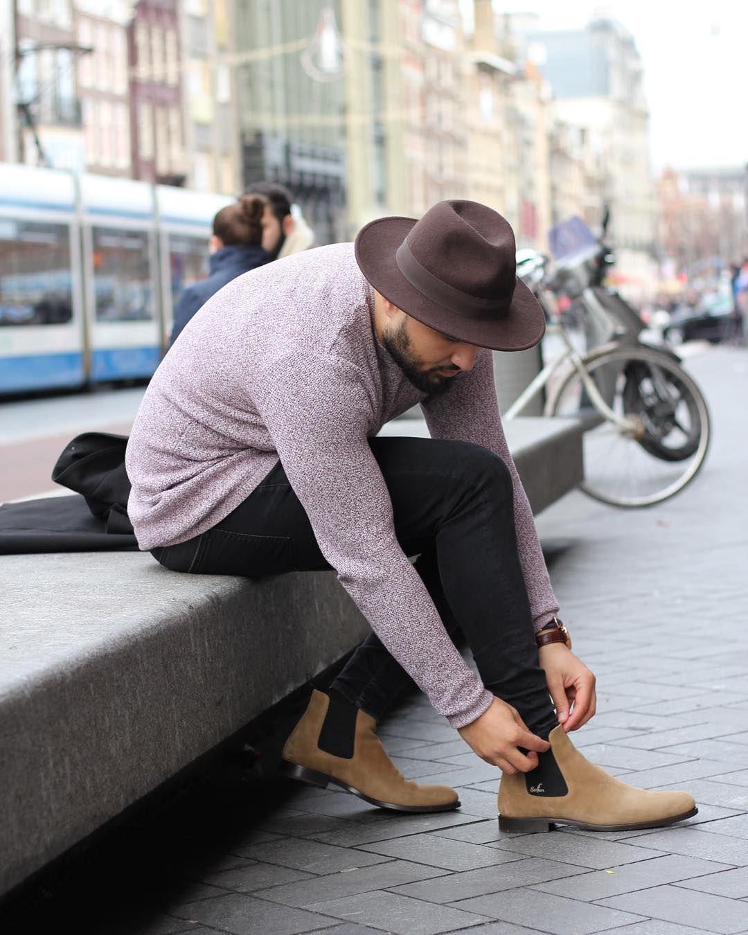 Take it Easy _______________ Sweater: @adpt.official Boots: @serfanmode #adptofficial #adptofficial #serfan #mensfashionreview #style #fashion #blogger #menfashionpost #creative #photo #mensstyle #city #locker_easy90 #lookbook #itboy #classy #follow #me #jacket #ootd #menstyle #hm #zara #germany #Düsseldorf #model #shooting #canon #instalookbook #male by locker_easy90