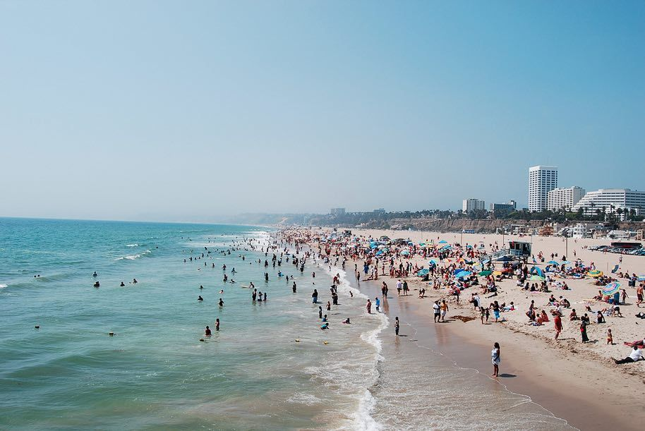 Thinking about #Summer? Here is why you should visit #LA - a guest post written by Frank Lee, he works at Rebates Zone, you can follow him on Twitter via @franklee84H Enjoy reading on #supperlot!  #Photography #Traveller #Letsgosomewhere  https://supperlot.wordpress.com/2016/10/30/why-you-should-spend-your-summer-in-los-angeles-by-frank-lee