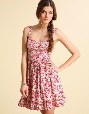 Yazlik Askili Elbise Modelleri Elbise Modelleri Sirin Elbiseler Elbise