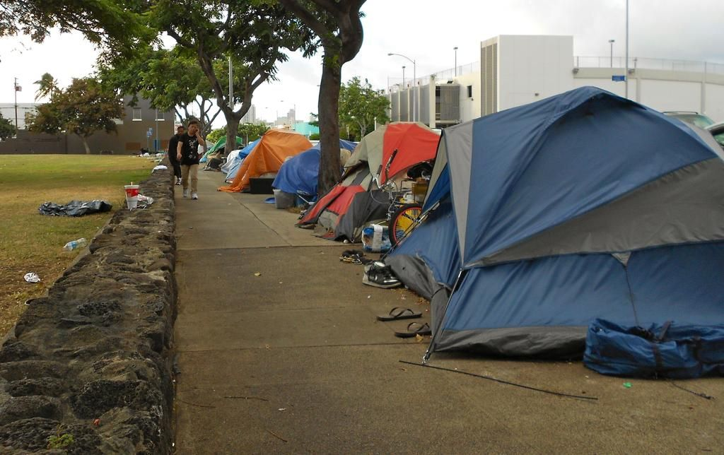 Amerikanischer Wurde Nicht Beirren Zur Letzten 9american Dignity Undeterred To The Last King Street Honolulu Hawaii Outdoor Gear Homeless