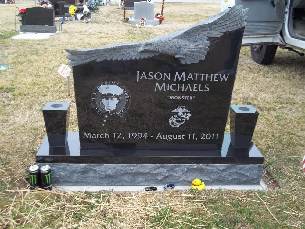 Photo Of West Memorials Memphis Tn United States Black Granite Headstone With Hand Carved Eagle We Desi Headstones Cemetery Headstones Granite Headstones