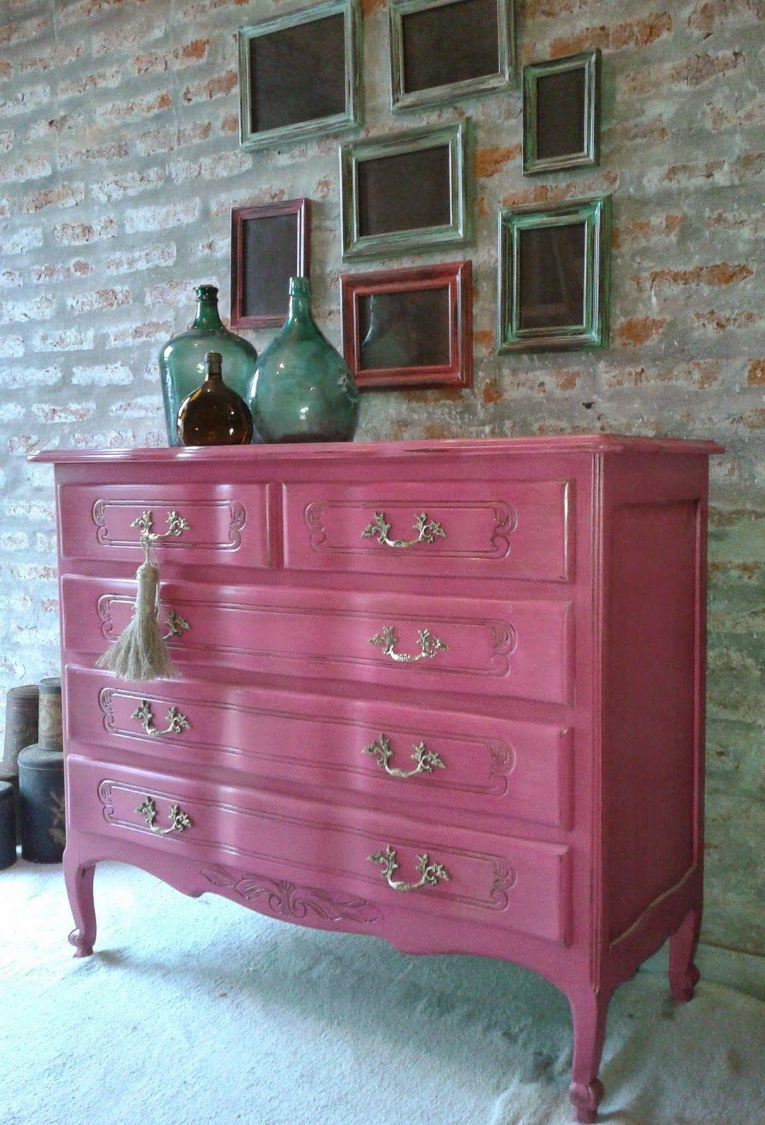 C moda provenzal fucsia muebles decapados muebles for Muebles antiguos reciclados
