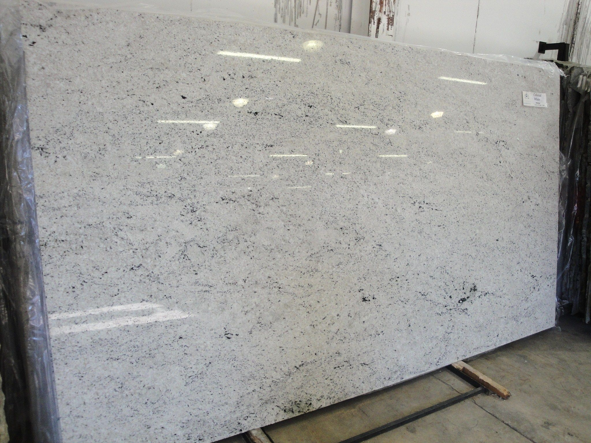 Granite Choices For White Cabinets Himalayan White Granite A Popular Choice Within The White