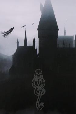 Dementores vigilando Hogwarts. Mortifago.