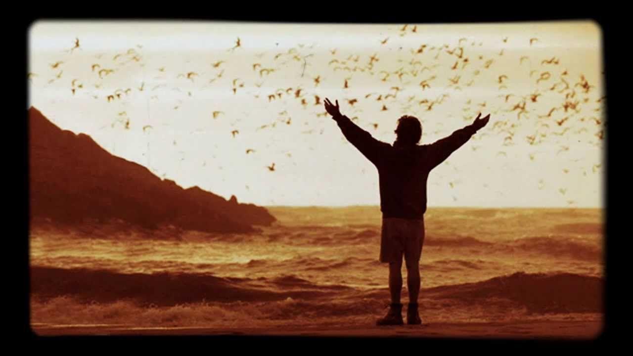Selección de las canciones de BSO de la película Into the wild, con temas de Eddie Vedder. El relato de un viajero, que se inspiró en libros de viajes y aventura.