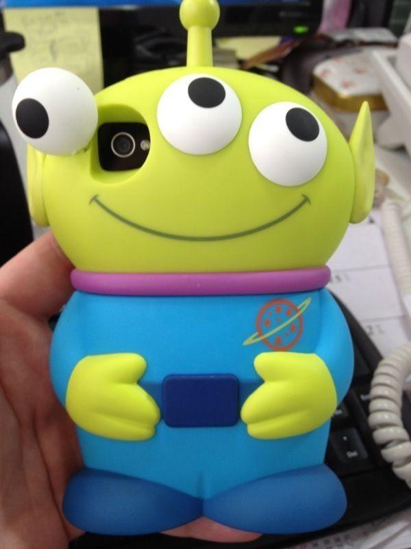 It s an toy story little green alien 3-D IPhone case!!! So want it ... 3b9106e3927