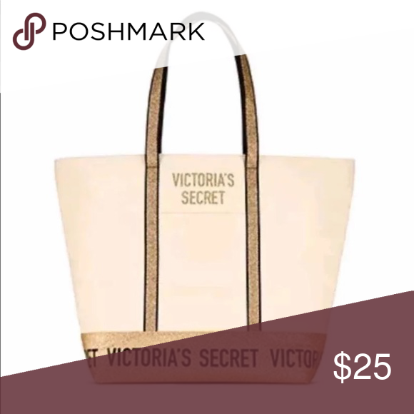 31a47de4bc Victoria s Secret weekender Tote Travel Bag New Victoria s Secret weekender Tote  Travel Bag New with tags attached. Free gift with purchase.