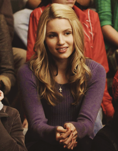 Crossover Beautiful Disaster When Quinn Fabray Finds Her World Collapsing Around Her She Seeks Refuge With Family In Quinn Fabray Glee Fashion Diana Agron