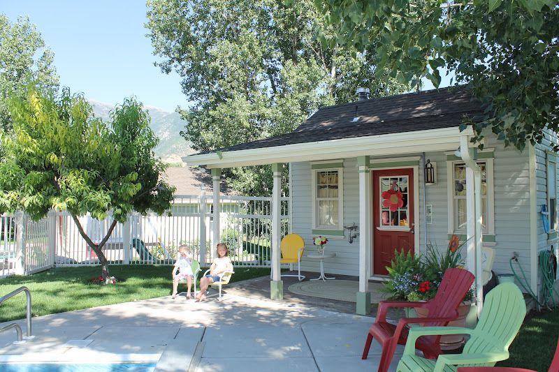 La maison de Joy en Utah, c'est un bonbon acidulé. Elle est aussi colorée et pleine d'idées créatives que le blog dont elle est l'aut...