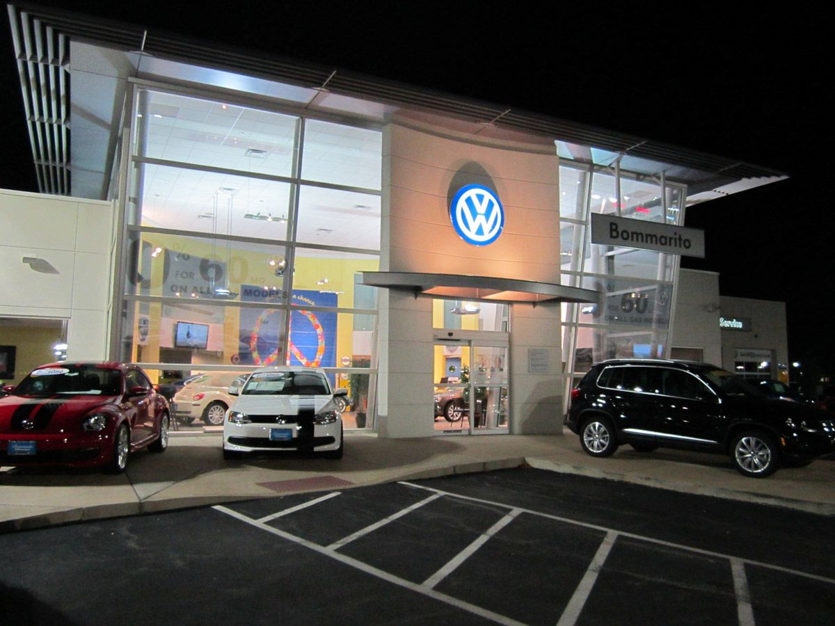 Bommarito VW is open until 9pm Monday, Wed and Friday and