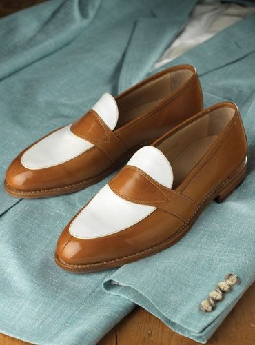 The Charleston Loafer in Whiskey and White | Zapatos de
