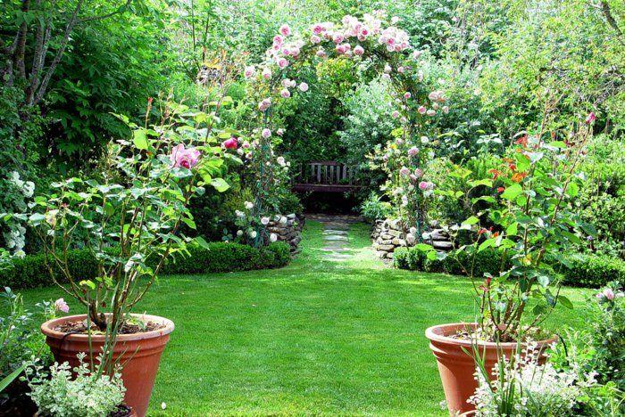 gartengestaltung gartenpflanzen pflanzentöpfe gartendeko ideen
