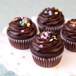 """Skinny"" Chocolate Cupcakes - without sacrificing any of the flavor!"