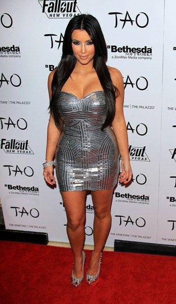 Kim Kardashian parties at Tao Las Vegas