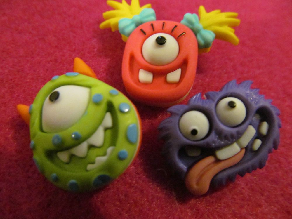 vintage  COLORFUL assorted  buttons  ,MONSTERS