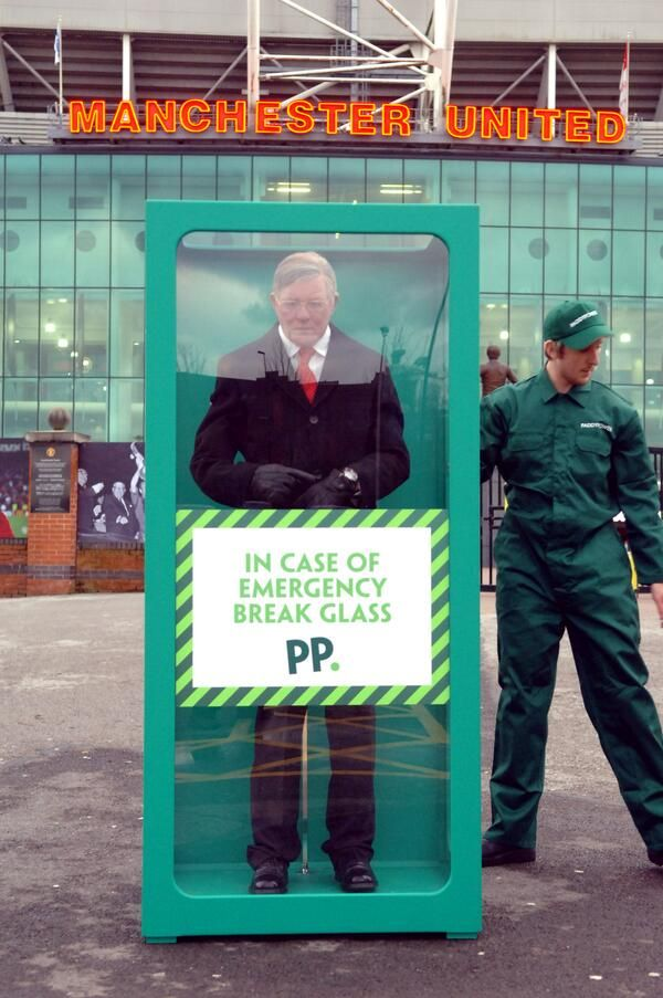 Paddy Power pulls cheeky Manchester United stunt featuring waxwork Sir Alex Ferguson