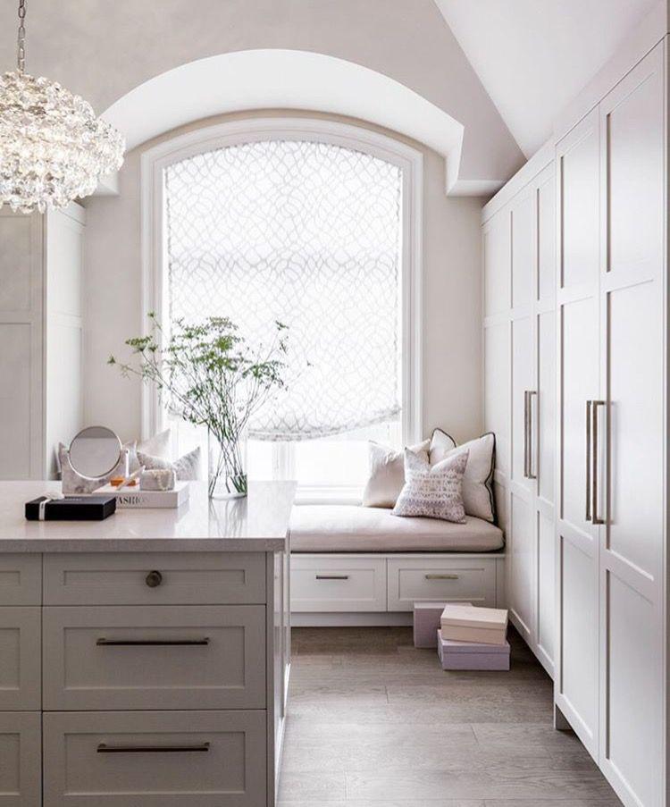 Window Wardrobe: Beautiful Spaces - Closets