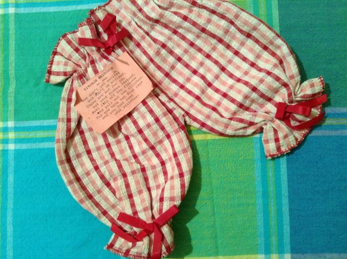 Kitchen Britches have been around since the 1940s, but I didn't know they existed until I found a pair in a thrift store last month. Judging by the pinned-on poem, I'm guessing they mus…