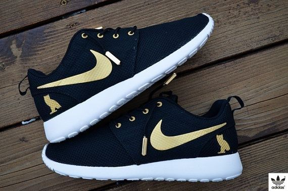 sports shoes ebb51 d45d1 New Made To Order Custom Nike Roshe OVO Gold and by mnroshecustoms