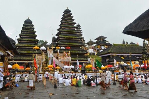 Pura Besakih oldest and largest Hindu temple #Bali from 11th century