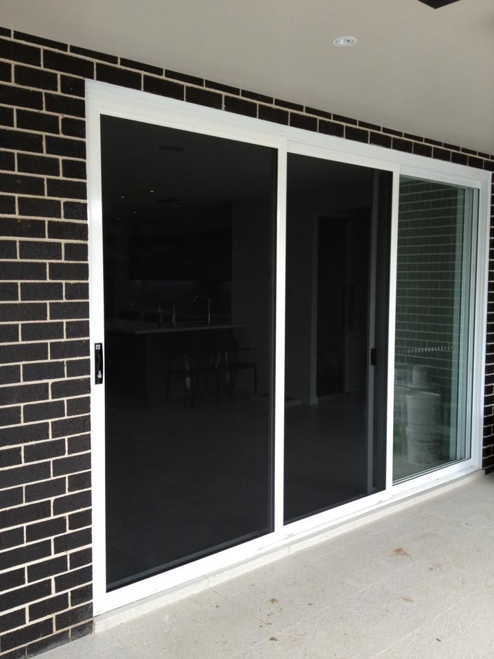 Prowler proof 39 s forcefield stainless security screen sliding door in the colour 39 classic pearl - White security screen door ...