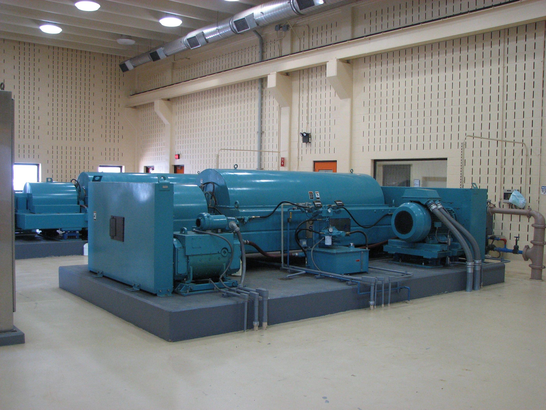 Sludge dewatering centrifuges. Wastewater, Public, It works