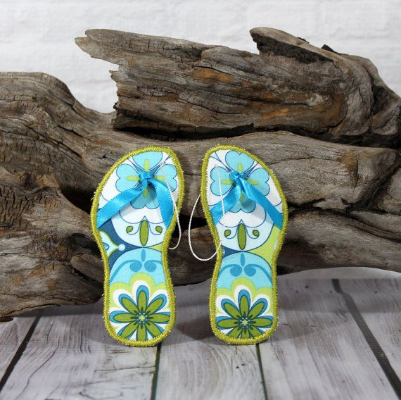 Cute little Flip Flop Ornaments for your Coastal Christmas tree and