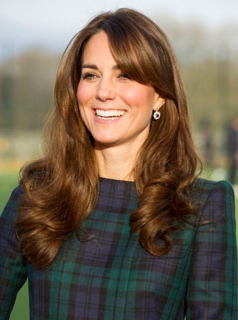Kate Middleton Long Curls With Bangs Kate Middleton Hair Hair Styles Hairstyle